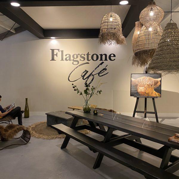 Geniet van de rustige sfeer in het Flagstone Café